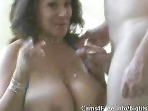 large boobs milf mariah evans!