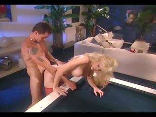 huge breasted blonde lady drilling inside green