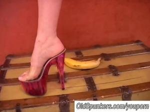 slutty milf worships high heels