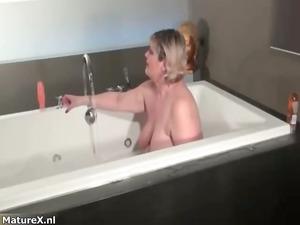 horny plump slut acquires horny rubbing her part3