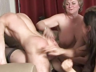 older  chicks having joy and awsome bunch  banging