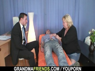 granny gives twin dick sucking next doggystyled