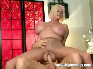 busty cougar milf inside ripped stockings