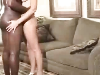 a awesome cougar woman takes a cum from her dark