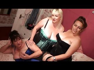 3 horny woman
