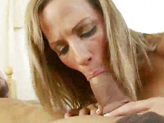 lady dick sucking with giant titty hos
