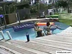 swinger group fuck in the swimming-pool
