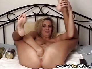american lady with giant plastic cock