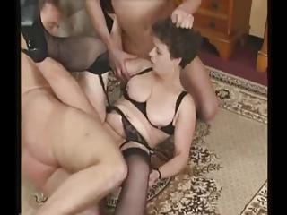 grownup woman into pantyhose tries triple penises
