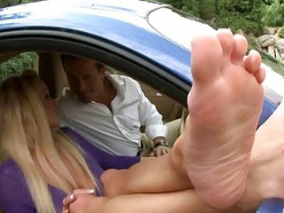 naughty milf likes feet like
