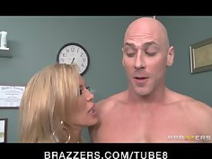 divorced nurse gives her well hung patient a