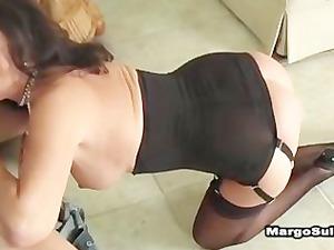 beautiful cougar gang-banging inside heels,