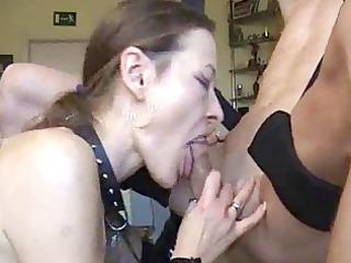 maiden does horny deepthroat